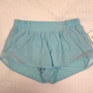 """Lululemon Hotty Hot Shorts 2.5"""" Blue Glow"""